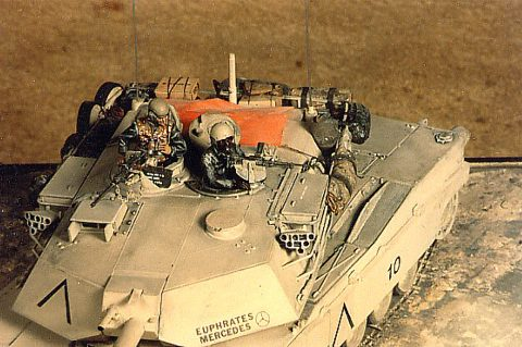 Mother_of_all_Battles_-_M1A1A_Turret_top_View.jpg
